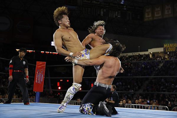 Golden Lovers vs. Young Bucks (3/25 - NJPW)